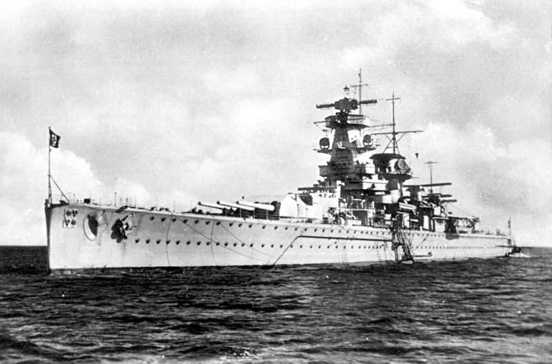 Bundesarchiv_DVM_10_Bild-23-63-06,_Panzerschiff__Admiral_Graf_Spee_