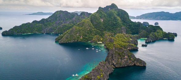 El Nido island, Philippines - photograph by Alejandro Luengo